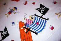 Bedruckter Stoff im Bild - beigetragen von Pirates of the Bathroom